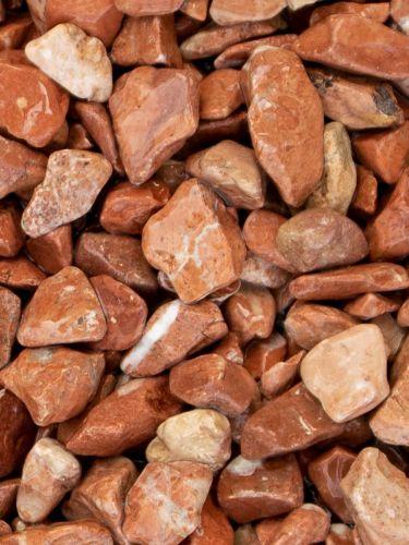 Canto rodado rojo mármol 16 - 25mm (mojado)
