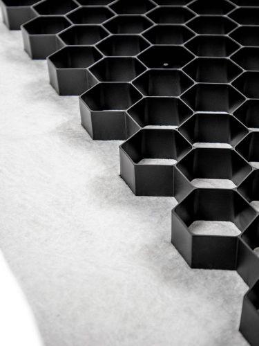 Geoceldas EuroGravel PLUS negro estabilizadores de grava detalle