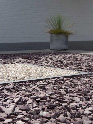 Flat Pebbles 30 - 60 verlegt in Ziergarten