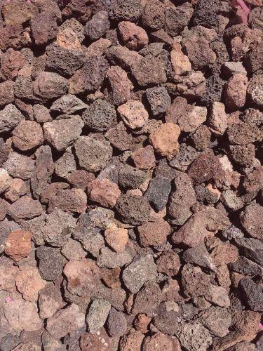 Grava Volcánica Marrón 10 - 20mm en seco