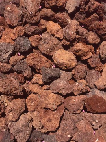 Grava volcánica rojiza 25 - 40mm