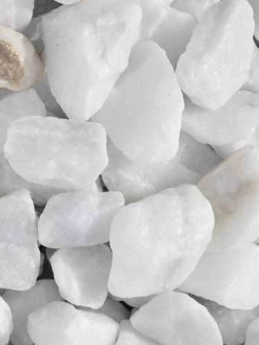 Marmolina / Grava Blanca Pura 25 - 40mm mojada