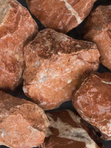 Marmor Rot Bruchsteine 40 - 80mm (naß)