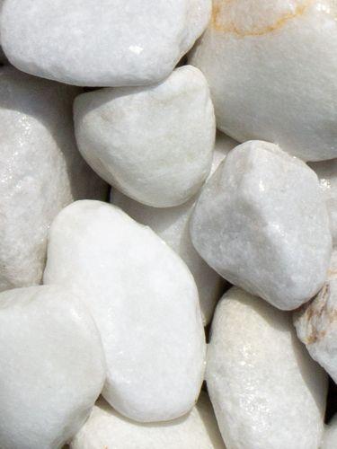 Marmor weiß Kies Gabionensteine 40 - 80mm (nass)