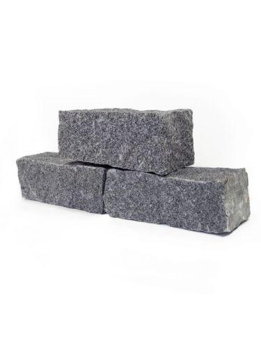 Muurblokken graniet grijs (nat)