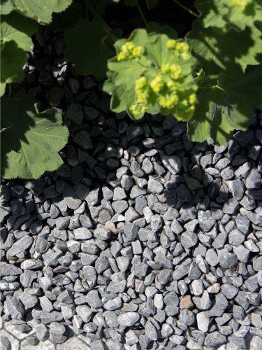 Nordic grey grind 12 - 18mm aangelegd