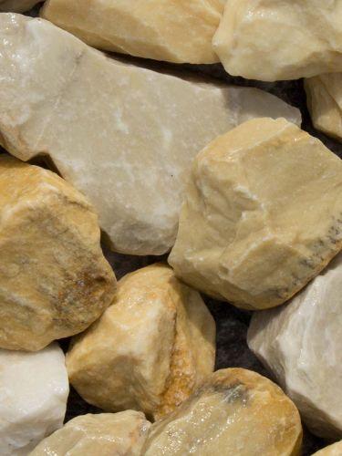Rocalla Amarilla Mármol 40 - 60mm mojada