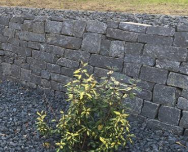 Tuinmuur bouwen met Muurblokken / Stapelstenen