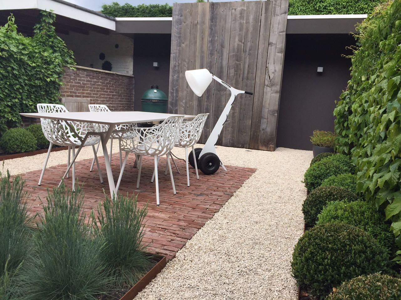 Muebles jardín moderno